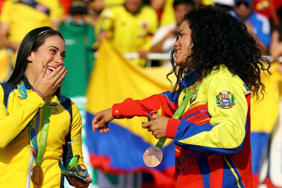 Стефании Эрнандес, Венесуэла