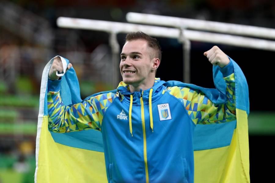 Олег Юрьевич Верняев, Украина