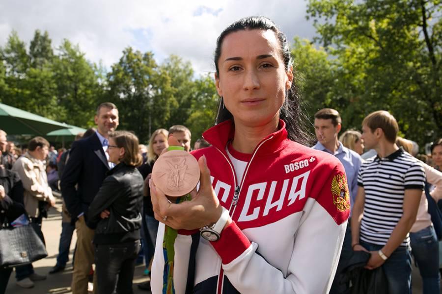 Любовь Андреевна Шутова, Россия