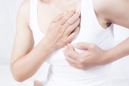 Врач Даниил Щепеляев назвал способ обнаружения рака груди на ранней стадии у женщин