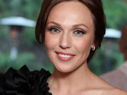 Джанабаева рассказала, почему долго скрывала третью беременность
