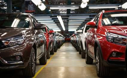 Продажи новых легковых машин в России в марте 2021 года упали на 6%