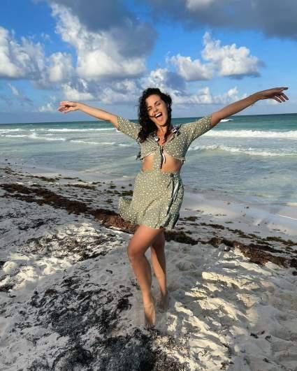 33-летняя певица Настя Каменских спровоцировала слухи о своей беременности