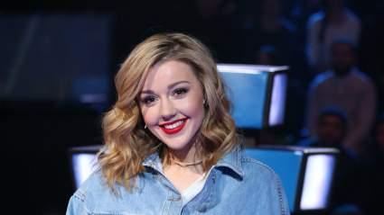 Певица Караулова объяснила, почему скрывала беременность: «Из-за страха быть сглаженной»