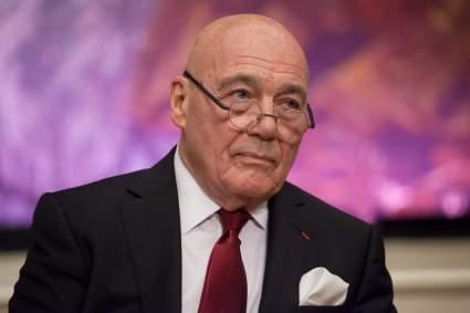 87-летний Владимир Познер признался, что поднимал руку на трехлетнюю дочь