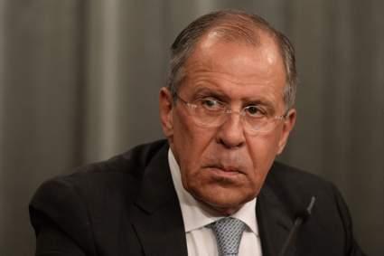 Лавров заявил, что РФ не желает строить козни Чехии, и назвал заявления властей шизофрение