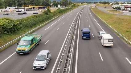 Специалисты «АвтоВзгляда» советуют водителям регулярно ездить на высоких скоростях