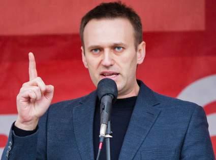Более 70 мировых знаменитостей попросили Путина пустить врачей к Навальному