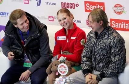Плющенко заявил, что Трусова победила бы на ЧМ, если бы сделала ещё один четверной прыжок