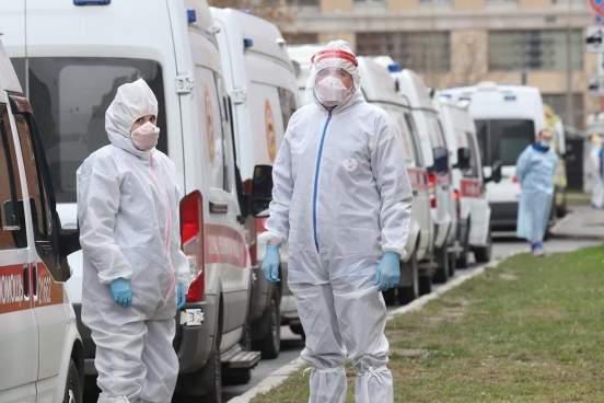Инфекционист Малышев назвал причины роста заболеваемости COVID-19 в Москве