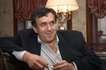Садальский посещает косметолога, чтобы не быть похожим на онкобольного Юрия Николаева