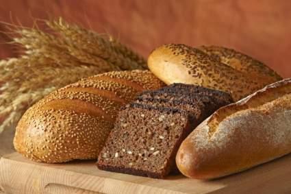 Диетолог Михаил Гинзбург рассказал о вреде хлеба и способах его замены