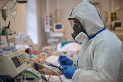 Врач Макуха связала тяжелое протекание коронавируса с недостатком двух веществ в организме