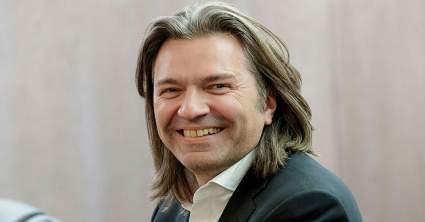 51-летний Дмитрий Маликов удивил фантов своим внешним видом