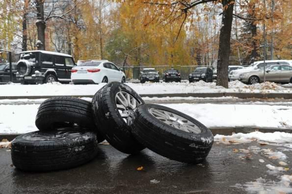 МВД России вводит новый штраф для автовладельцев за несезонную резину с 1 июня 2021 года