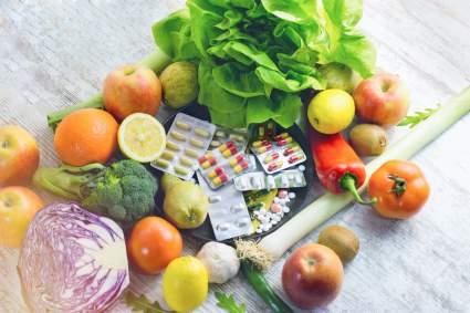 Врач Алексей Ляликов рассказал, какие витамины надо принимать весной