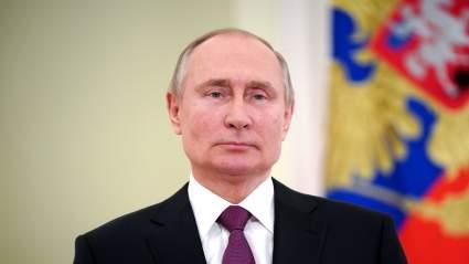 Владимир Путин подписал закон, разрешающий повторно баллотироваться в президенты
