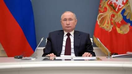 """Выступление Путина """"перебило"""" речь Макрона на климатическом саммите"""