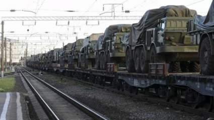 Под Харьковом заметили эшелон с военной техникой ВСУ, направляющийся в Донбасс