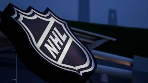 Матчи НХЛ отложены из-за стрельбы полицейских в темнокожего в США