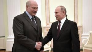 Лукашенко заявил о договоренности с Путиным по задержанным россиянам