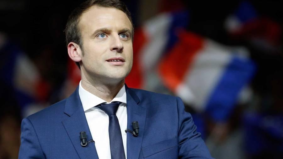 Макрон заявил о готовности предоставить убежище Навальному