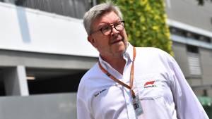 Росс Браун: Феттель и команда Ferrari работают без энтузиазма