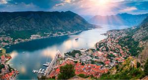Власти Черногории разрешили россиянам въезд с 7 августа
