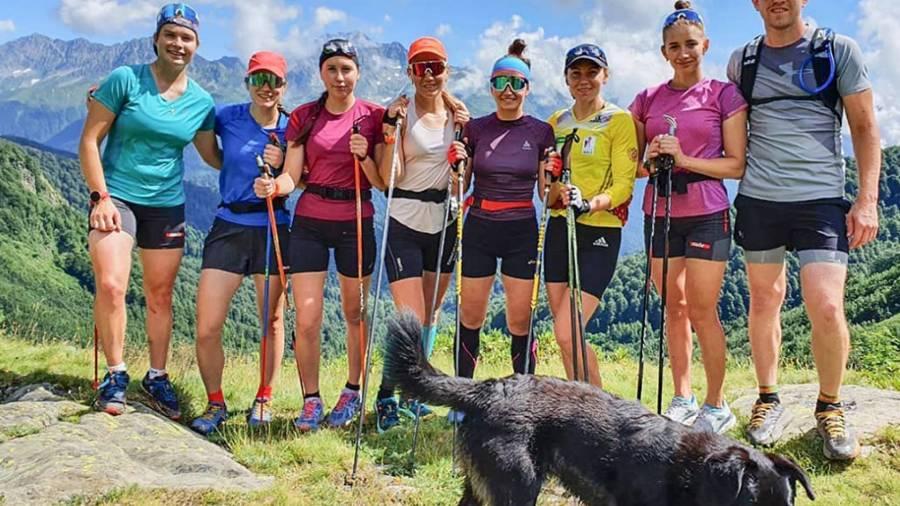 Женская сборная России по биатлону начала сбор в Сочи