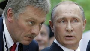 Песков: Путин не участвовал в отправке Навального в Германию