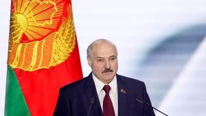 Лукашенко поручил пригласить в Минск генпрокуроров России и Украины