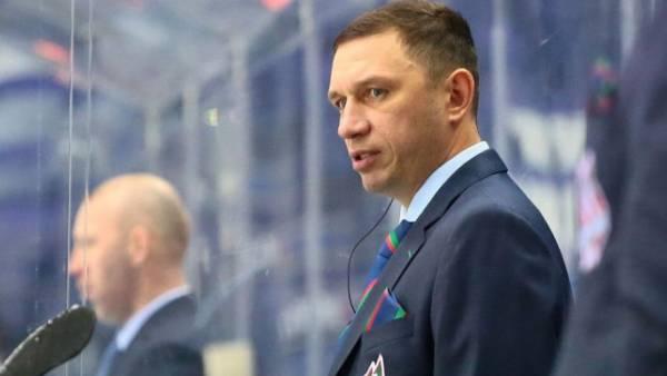 Отец Загитовой покинул пост главного тренера клуба МХЛ «Ирбис»