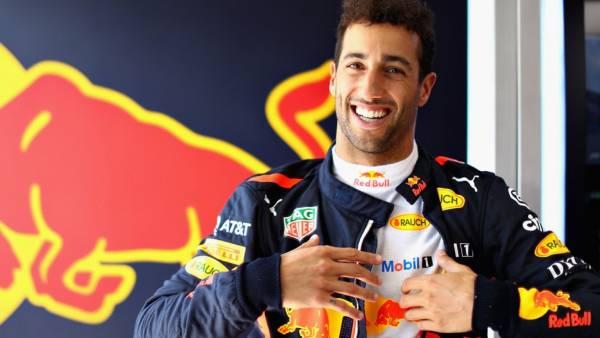 Баттон: Риккардо покинул Red Bull и перешел в Renault не из-за денег