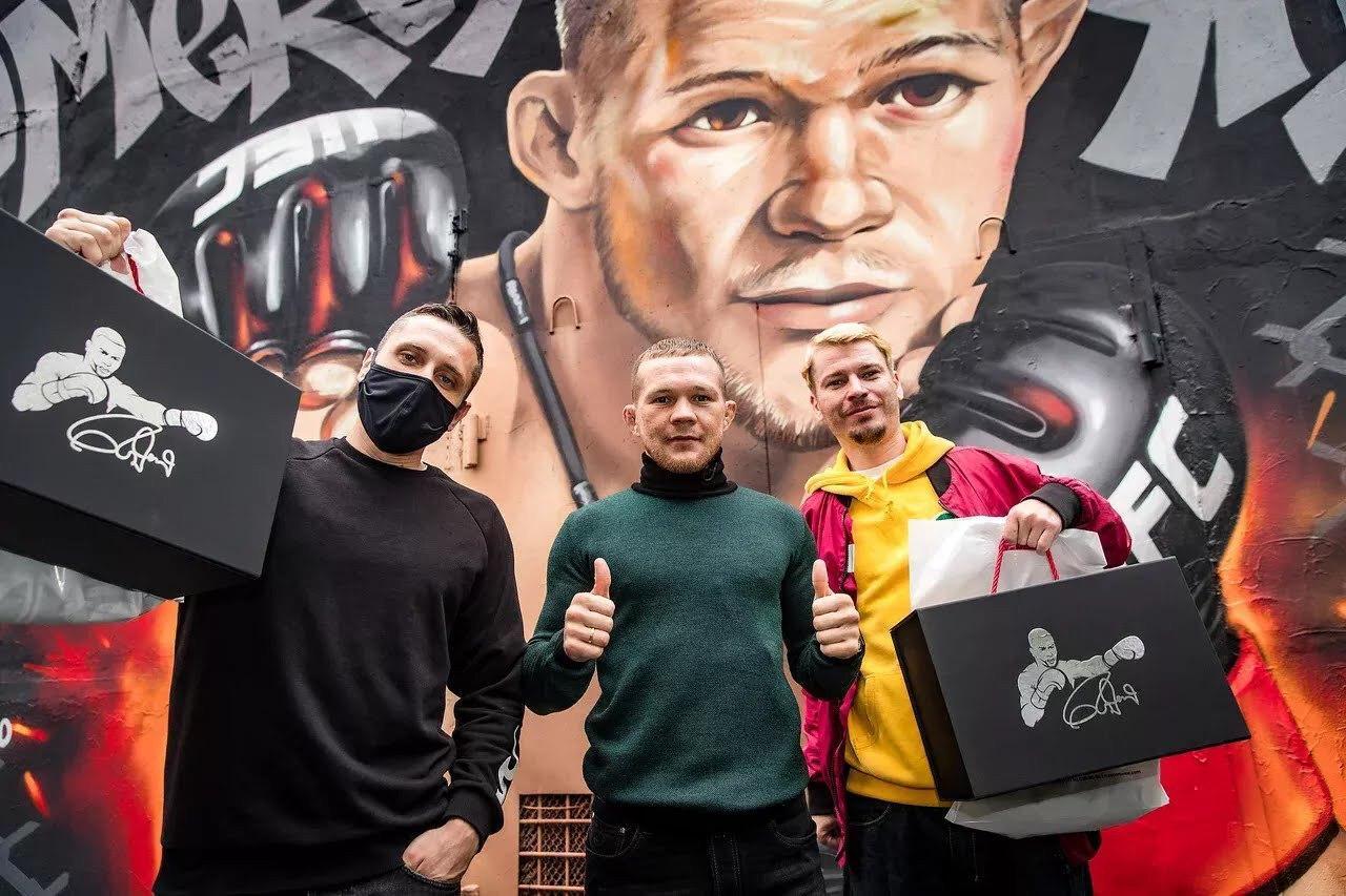 Граффити в Екатеринбурге, посвящённое Петру Яну. Источник: Пресс-служба клуба «Архангел Михаил»