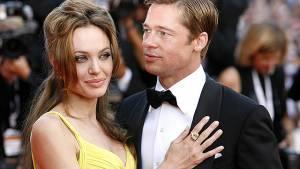 Вчера: Дочь Джоли и Питта передумала менять пол...