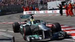 В Mercedes так и не решили проблемы с шинами