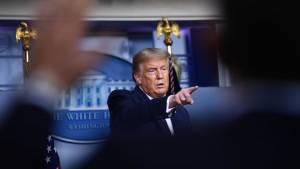 Трамп заявил, что генералы в США считают взрыв в Бейруте нападением