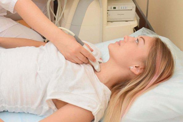 Врач Элина Шарифуллина указала на внешние признаки сбоя в гормональной стстеме