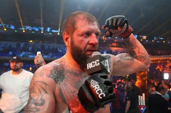 Боец MMA Александр Емельяненко назвал условие для участия в турнире Bellator 269