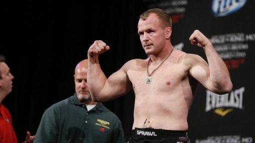 Боец Александр Шлеменко высказался о возможном участии в первом турнире Bellator России