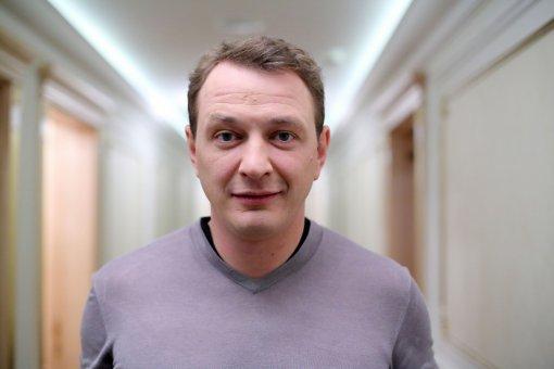 46-летний Марат Башаров продолжит вести шоу «Битва экстрасенсов» на ТНТ