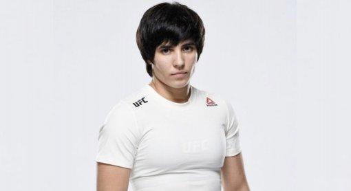 Бойца UFC Лилию Шакирову отстранили от выступлений из-за употребления мельдония