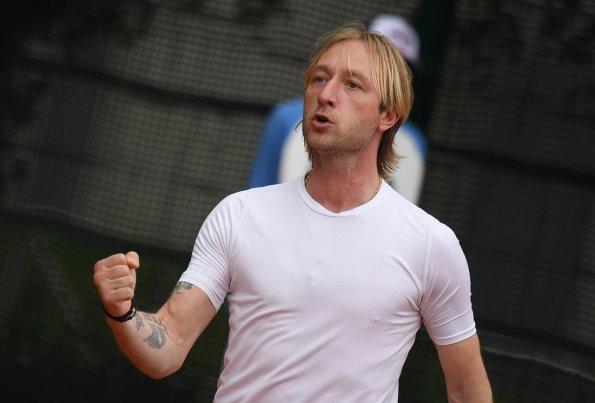Тренер Евгений Плющенко оценил успехи своих учениц на первенстве Москвы