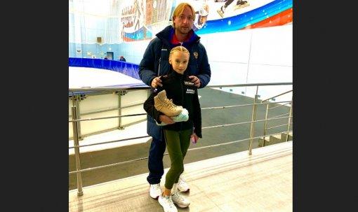 Плющенко показал элементы новой программы Вероники Жилиной