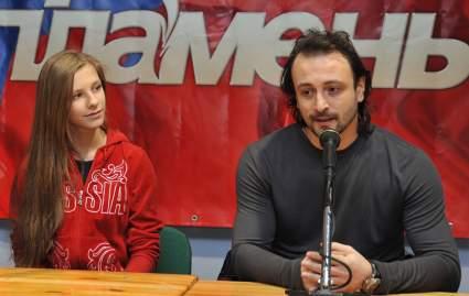 Психолог объяснила, почему 25-летняя Арзамасова вышла замуж за 47-летнего Авербуха