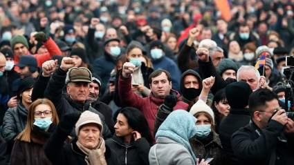 В Ереване началась протестная акция за отставку премьер-министра Пашиняна