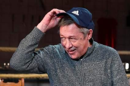 Михаил Ефремов должен государству 117 650 рублей