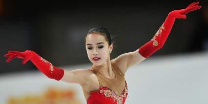 Алина Загитова провела мастер-класс для юных фигуристов школы «Наши надежды»