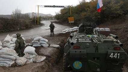 Пашинян: российские миротворцы окружены военными Азербайджана