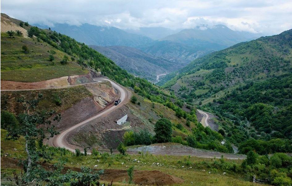 Новый транспортный коридор в Нагорном Карабахе от Азербайджана